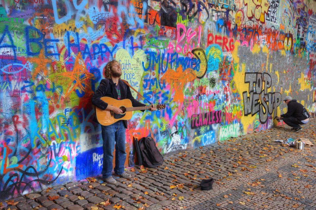 Prague-Lennon-Wall2