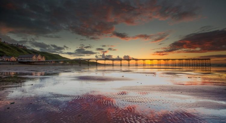 Sunset over Saltburn Pier, Saltburn-by-the-Sea, North Yorkshire, England.